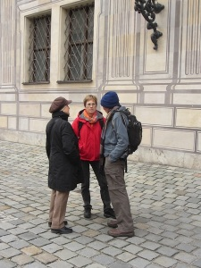 Deep in historical discussion with Margit and Cordela.
