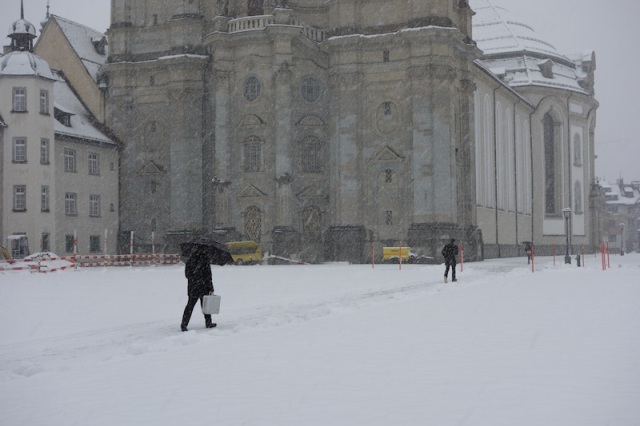 The abbey a few days later after the snowfall.