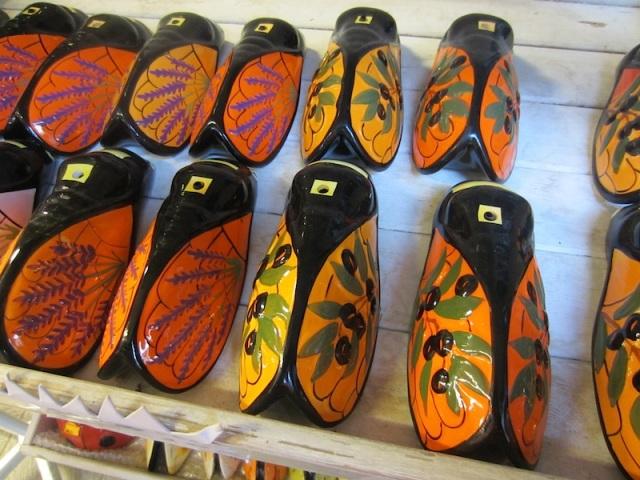Ceramic cicadas. I think they should be called Black Madonnas.