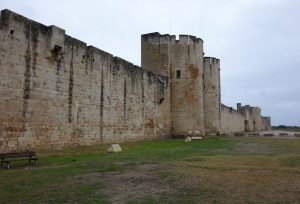 The curtain wall with flanking towers protecting Aigues-Mortes town.