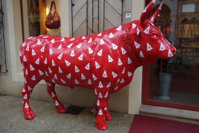 Camargue Christmas bull.