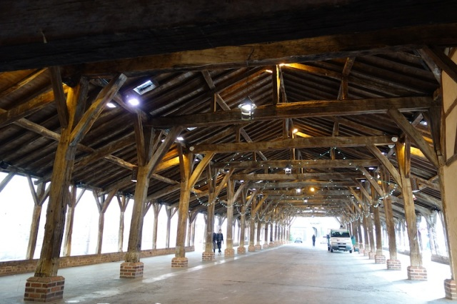 The covered market area. The building was partially destroyed by fire in 1670 but rebuilt soon after.