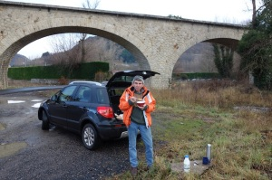 Breakfast on the outskirts of Le Puy. The structure in the background is a railway viaduct.