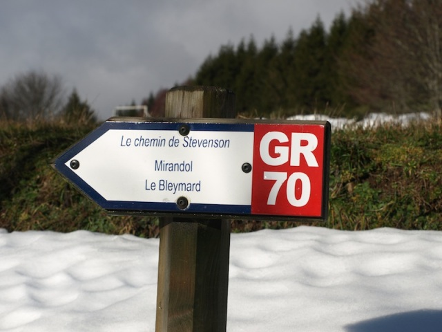 Trail sign in Chasserades