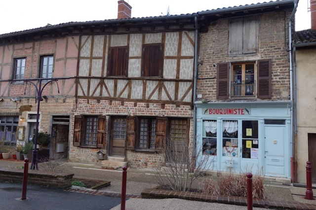 Another streetscape of quaint buildings in Chatillon-sur-Chalaronne.