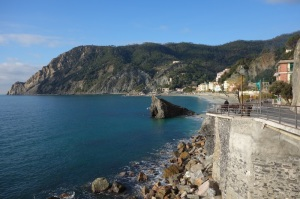 Coastal fringe, around Monterosso.  Look at the blue sky. It's easy to understand why northern Europeans come to these parts for their holidays.