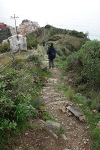 Down the steep path to Manarola.