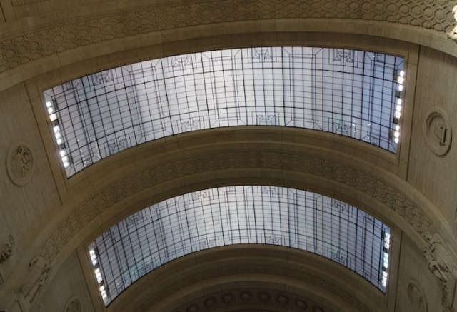 The magnificent glass roof of the terminus.