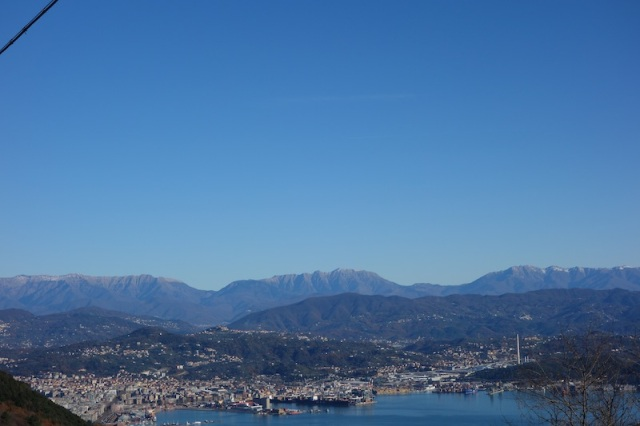 La Spezia and a brilliantly clear blue sky. According to the locals, it is a rare weather event to have a cloudless day like this at this time of year.