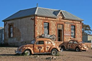 Peter Browne Gallery Silverton.  Photo Peter Browne via Wikipedia.