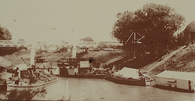 Port of Wilcannia on the Darling River 1920.