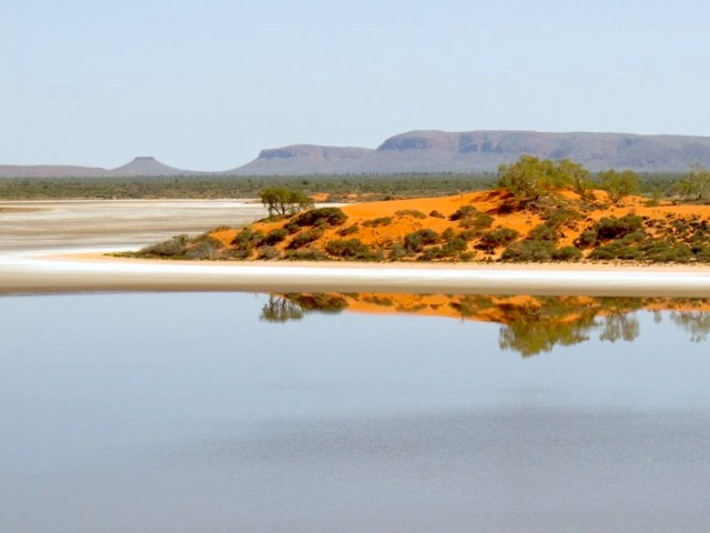 Visit country like this.? Newhaven Conservation Reserve 350 kilometres northwest of Alice Springs, NT. Photo by J. Schofield.