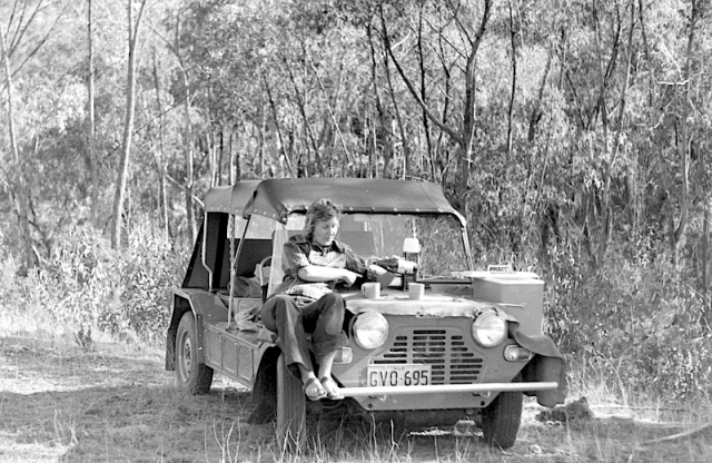 Picnic on the Gwydir River. We bought a Mini Moke after returning from our overseas trip.