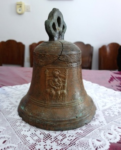 The bell in question.
