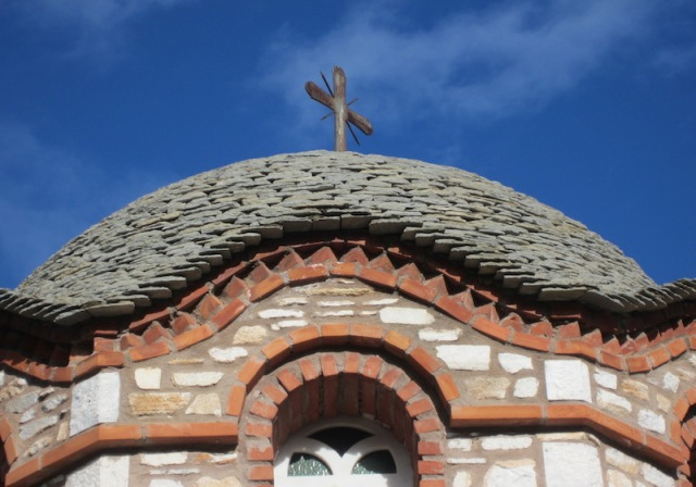 Curved lines of a church stone roof, worthy of a high commendation
