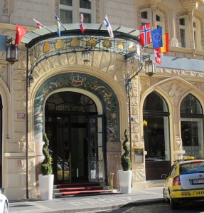 Entrance to the Hotel Paris.
