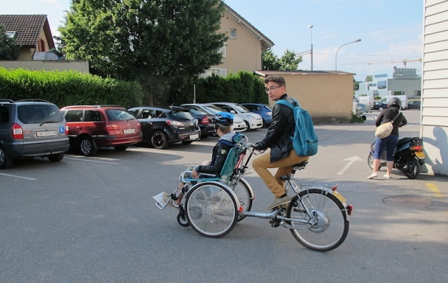 The remarkable e-bike+wheelchair.