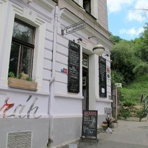 (5). Bajkazyl café/bike shop.