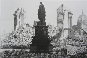 King Frederick August ll looking over his ruined city.  View across Neumarkt to the ruined Frauenkirche. Image from Bundesarchive via Wikipedia.