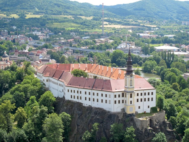 Decin Castle from Shepherd Hill.