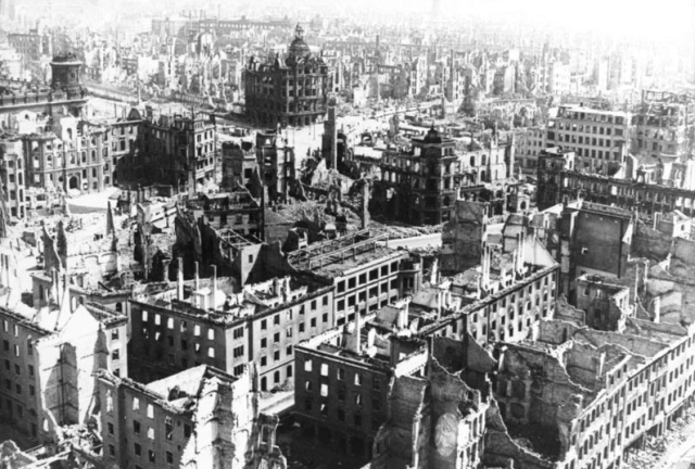 Dresden centre 1945. Over ninety percent of the city was destroyed. Image from Wikimedia Commons. Supplied by the German Federal Archives