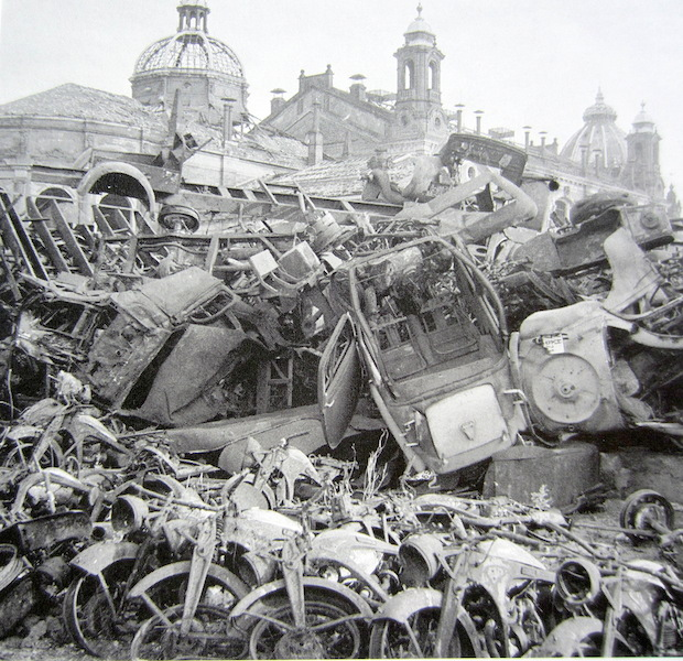 The cleanup, looking across a temporary rubbish heap. Image from Bundesarchive via Wikipedia.