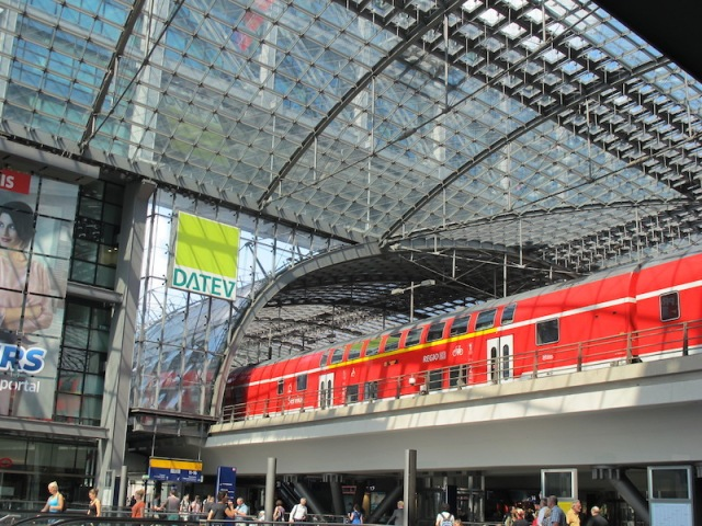 Charlottenburg railway station, our entry point into Berlin.