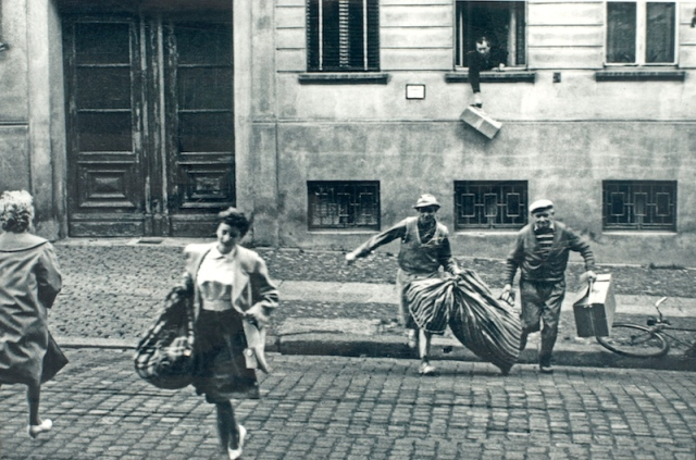 People escaping from east to west through an apartment during the days of early partition.