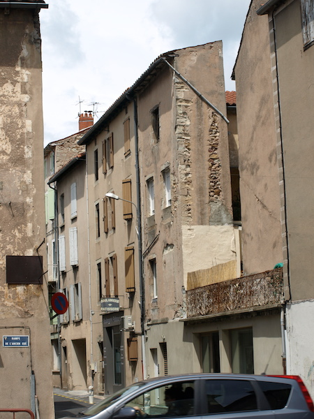 Narrow building in St Affrique.