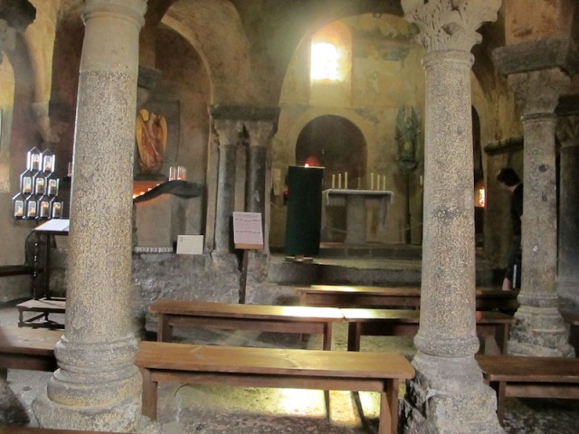 Inside the Chapel of Saint Michel d'Aigulhe. How many faithful pilgrims have sat in here over the past 1052 years.