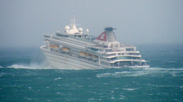 Cruise ship battling 17 metre high waves in the Bay of Biscay. Image from www.dailymail.co.uk
