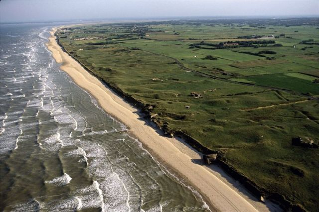 The sands of Utah Beach. Image credit: Alexandra BOULAT.