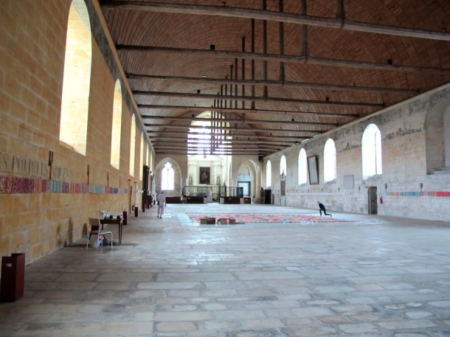 This great hall served as a hospital and a chapel.