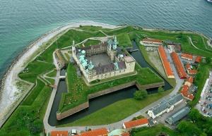 Aerial view of Kronborg Castle via Wikipedia.  Image details: Released under GNU Free Documentation Licence H.C. Steensen.  Uploader Dr Spcif.