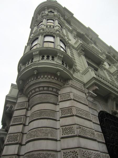 Corner of the Deutsches Bank.