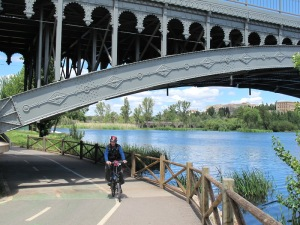 Coming under one of the bridges over the Tormes River.
