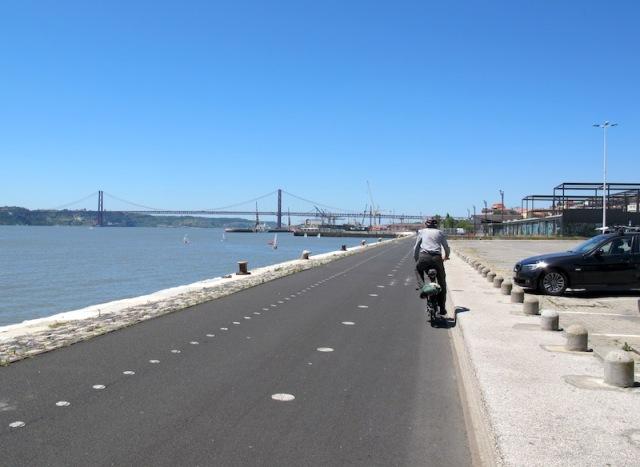 Foreshore bike path.
