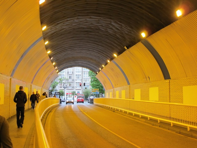 Tunnel in Santander during the week.
