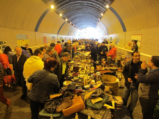 The same tunnel is used as a flea market on Sundays. Nothing was in order, the junk for sale was simply thrown into heaps on the stall tables.