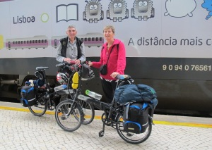 Here we are on Lisbon station ready to conquer the city.