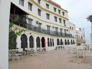 The terrace and main entrance into the Hotel Continental.