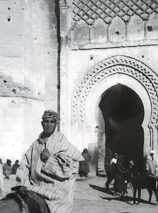 Old photograph of the grand gate into the Fez medina circa early 1900s.