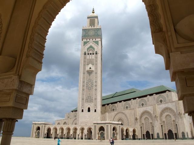 View of the Hassan II minaret.
