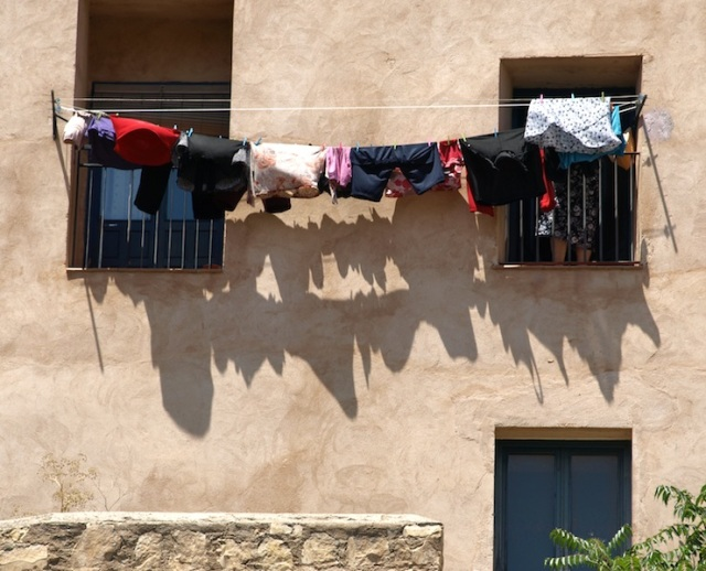 Colour and shadows art of washing in Cuenca.