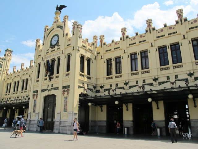 And here it is, the street entrance to the grand Valencia Railway Station.