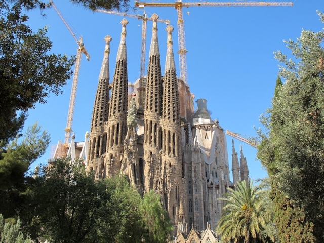 Sagrada Familia Church. Commenced in 1883 and estimated to be completed in 2026.