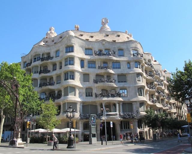 Casa Mila built between 1906 and 1910.