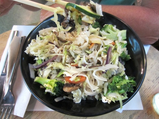 A healthy wok meal at Barcelona's Ecological Restaurant.