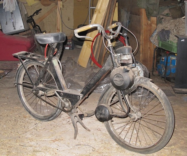 Solex bicycle. Wouldn't I love one of these! Unfortunately in most Australian states petrol motors on bicycles are illegal.