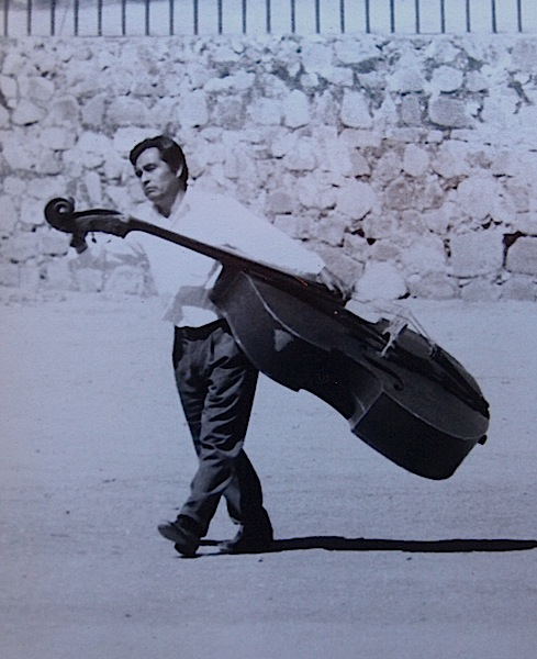 Taking a double bass for a walk in Mexico.